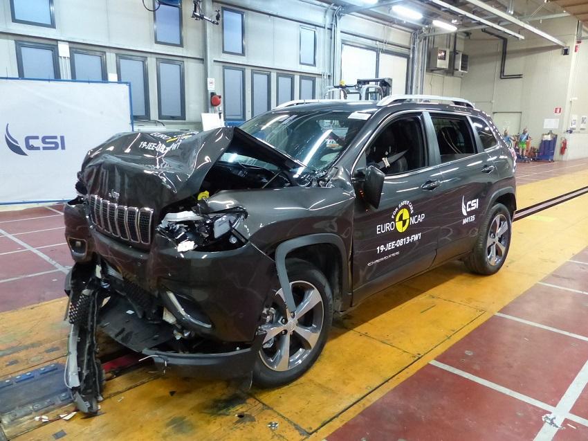 Euro NCAP cho điểm an toàn đối với BMW 1 và 3-Series mới, Peugeot 208 và Jeep Cherokee - 21