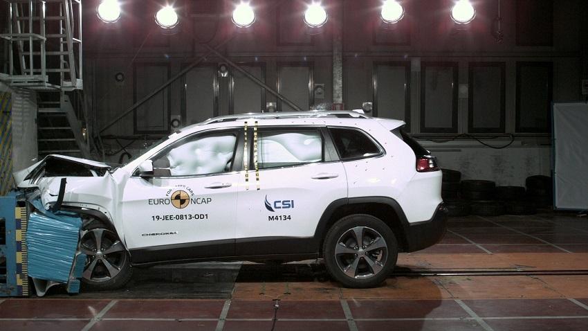 Euro NCAP cho điểm an toàn đối với BMW 1 và 3-Series mới, Peugeot 208 và Jeep Cherokee - 24