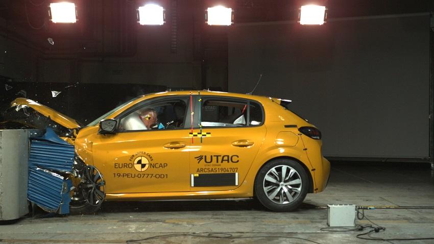 Euro NCAP cho điểm an toàn đối với BMW 1 và 3-Series mới, Peugeot 208 và Jeep Cherokee - 31