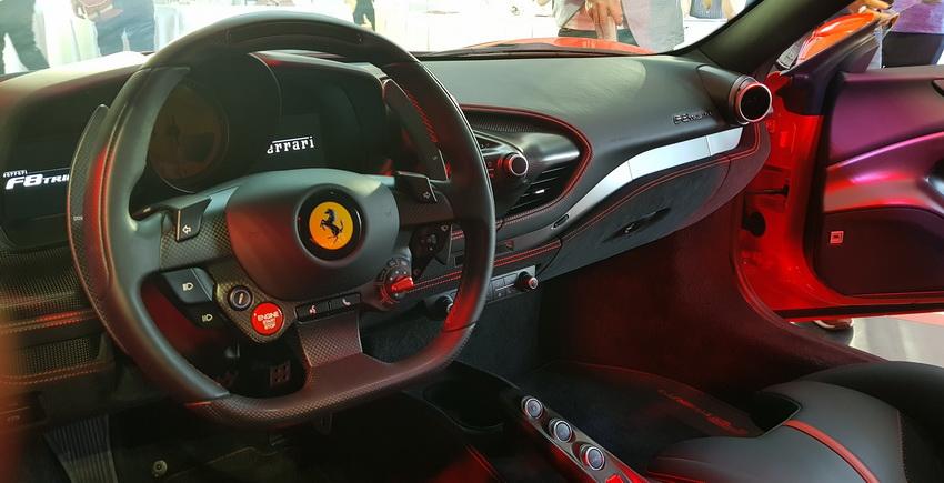 Cận cảnh siêu phẩm Ferrari F8 Tributo tại Việt Nam - 16