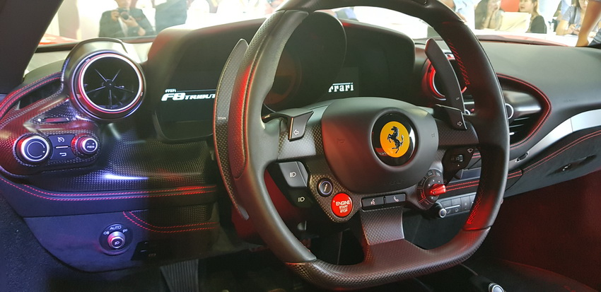 Cận cảnh siêu phẩm Ferrari F8 Tributo tại Việt Nam - 18