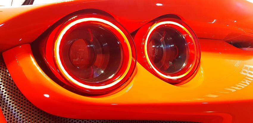 Cận cảnh siêu phẩm Ferrari F8 Tributo tại Việt Nam - 11