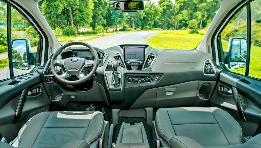 Trải nghiệm Ford Tourneo Mới: Tận hưởng sự êm ái và thoải mái cho những chuyến đi dài - 21