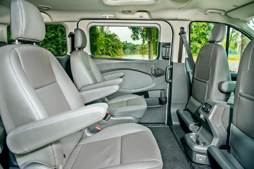 Trải nghiệm Ford Tourneo Mới: Tận hưởng sự êm ái và thoải mái cho những chuyến đi dài - 19