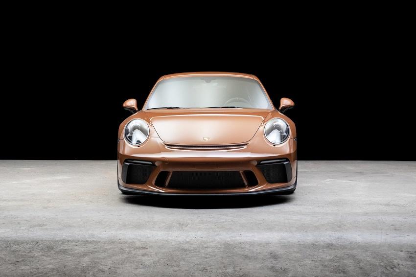 Chiếc Porsche 911 GT3 lạ mắt với màu sơn nâu phong cách thập niên 70 - 6