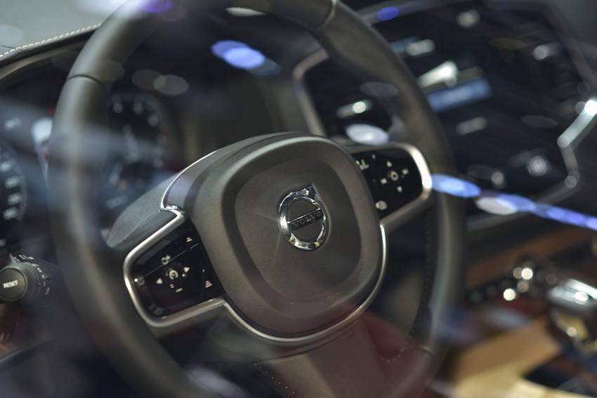 Mẫu xe Volvo XC90 Facelift 2020 xuất hiện tại VMS 2019 có gì đặc biệt? - 4