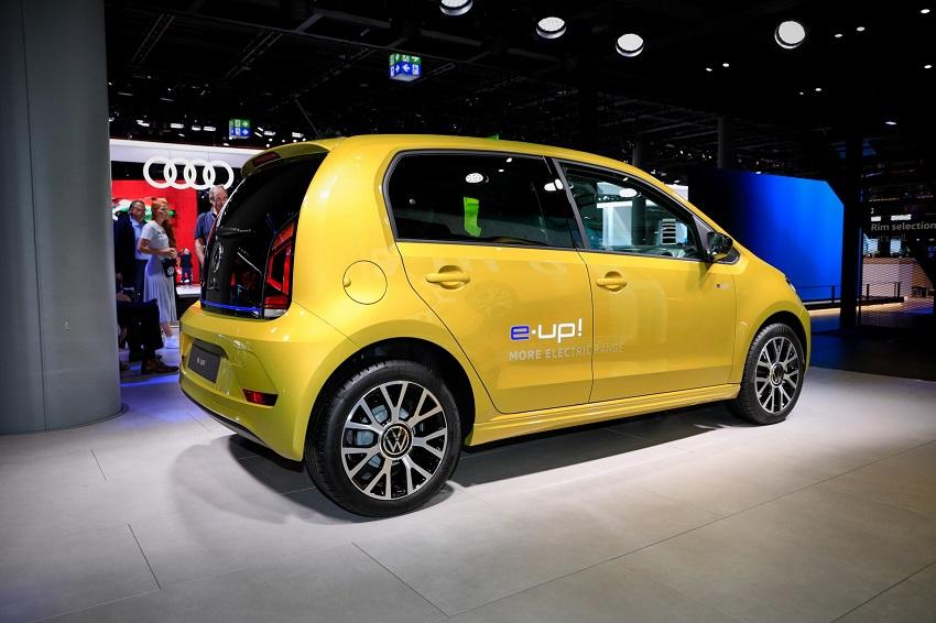 VW e-Up!, E-Beetle tham gia giải đua Mille Miglia Green - 2