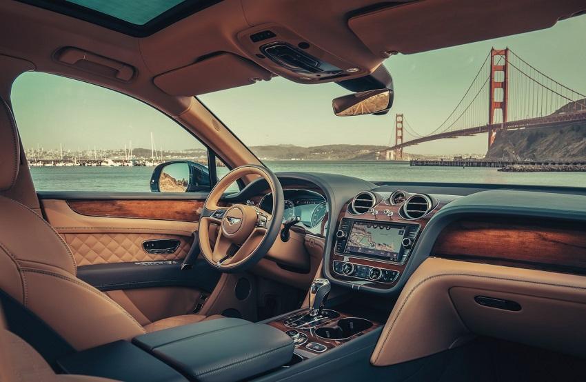 Bentley bắt đầu giao hàng mẫu xe điện khí hóa đầu tiên Bentayga Hybrid - 4