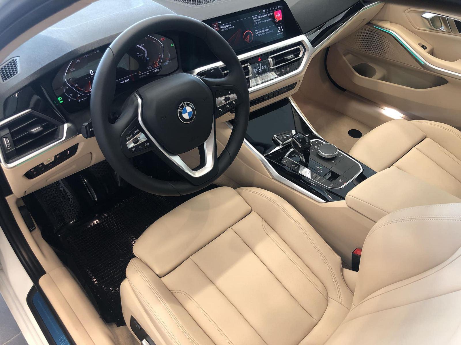 BMW 330i Sport-Line giá rẻ hơn 200 triệu khi về Việt Nam - 8