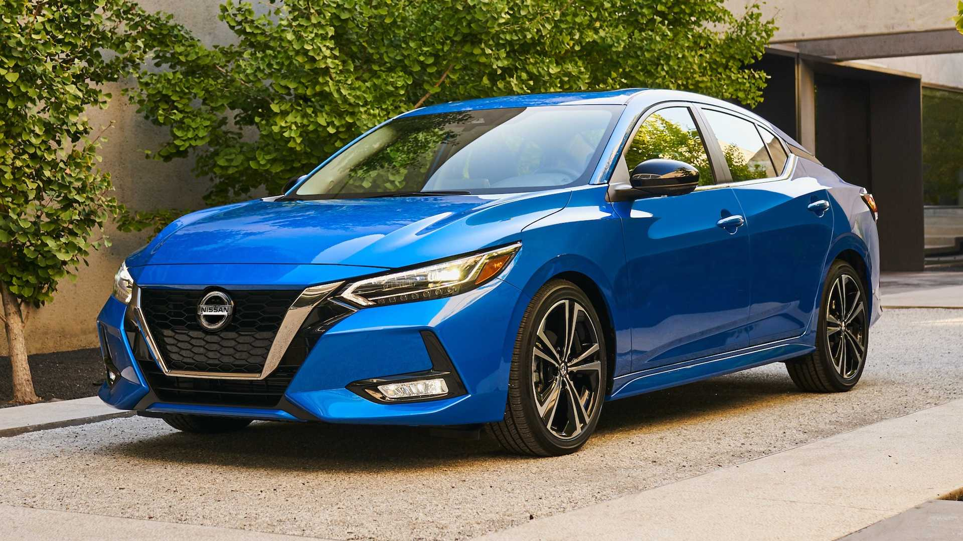 Nissan Sentra thế hệ mới đối đầu trực tiếp với Honda Civic hay Mazda3 - 3