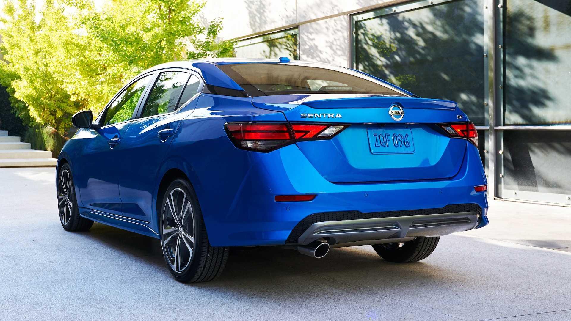 Nissan Sentra thế hệ mới đối đầu trực tiếp với Honda Civic hay Mazda3 - 2