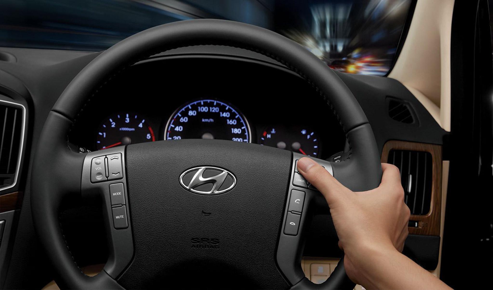 Hyundai giới thiệu dòng xe H1 và Grand Starex - 13