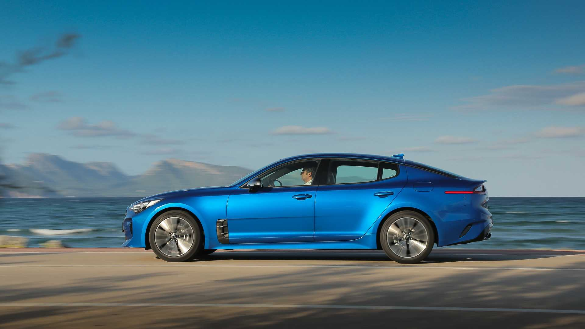 Kia Stinger GT-Line 2020 ra mắt tại thị trường Mỹ - 07