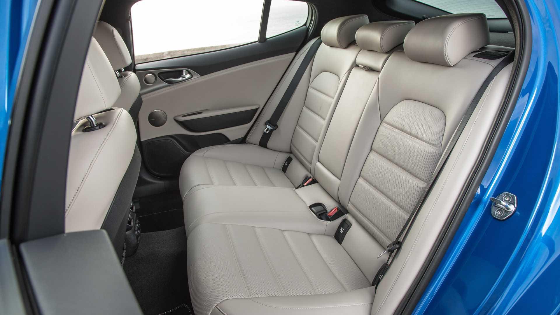 Kia Stinger GT-Line 2020 ra mắt tại thị trường Mỹ - 12