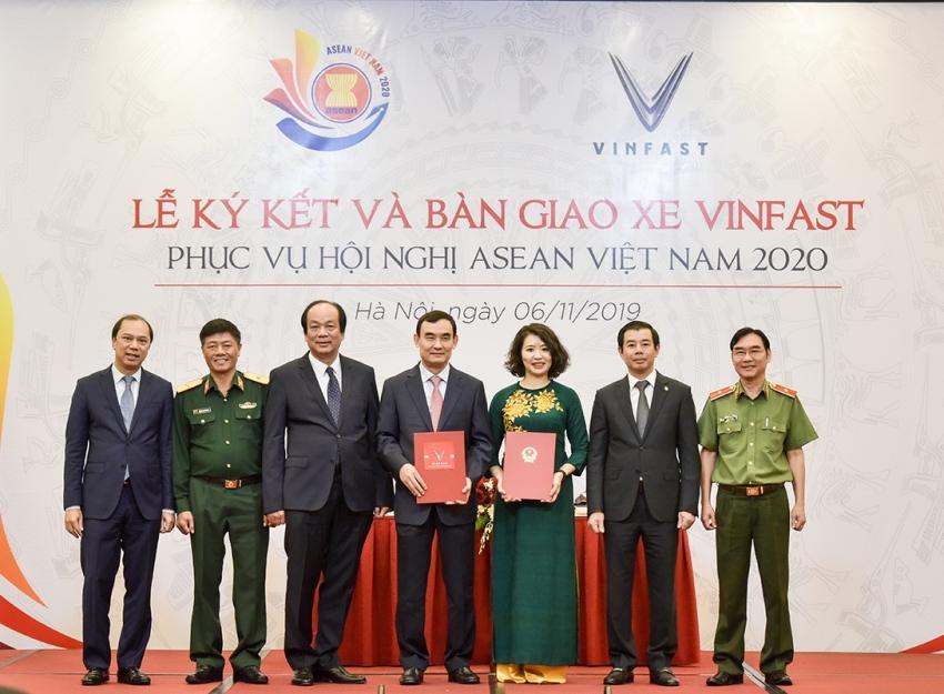Vinfast phục vụ Hội nghị Asean 2020