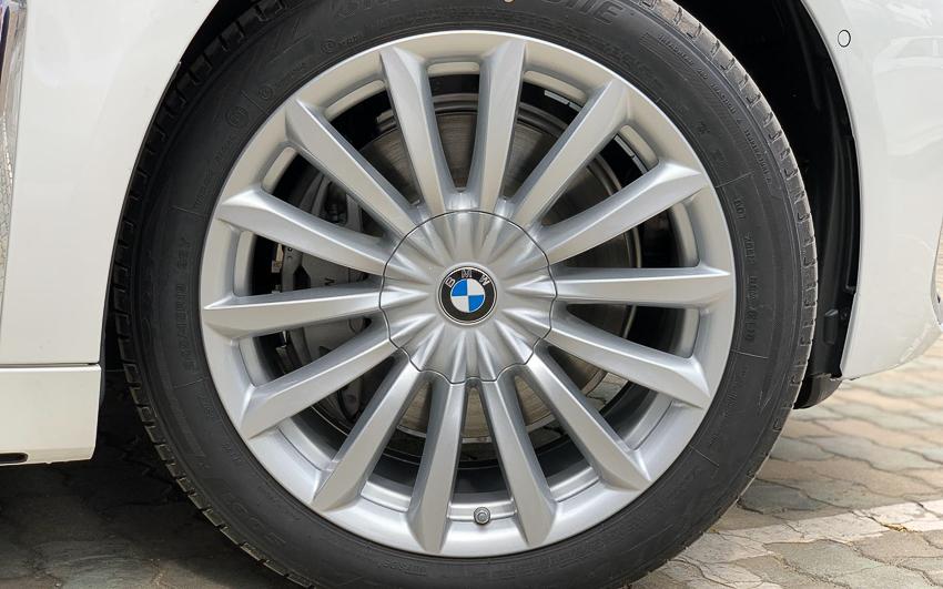 Cận cảnh BMW 740Li 2020 giá 5,6 tỷ đồng - 12