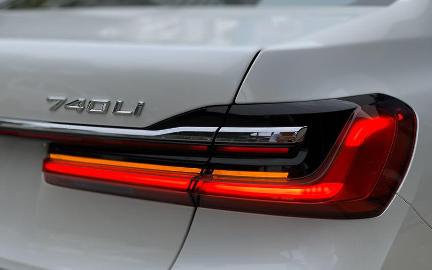 Cận cảnh BMW 740Li 2020 giá 5,6 tỷ đồng - 4