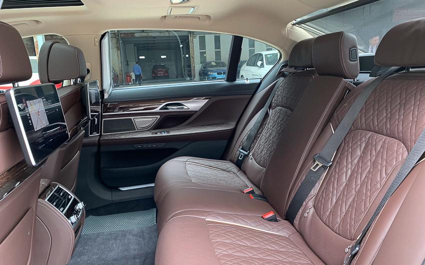 Cận cảnh BMW 740Li 2020 giá 5,6 tỷ đồng - 6