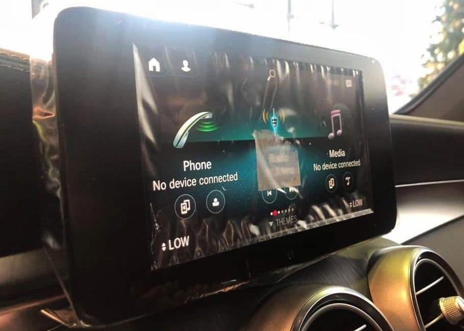 thông tin về trang bị trên Mercedes-Benz GLC 300 - 11