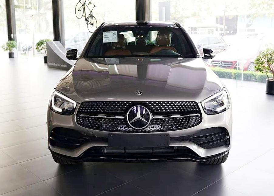 thông tin về trang bị trên Mercedes-Benz GLC 300 - 13