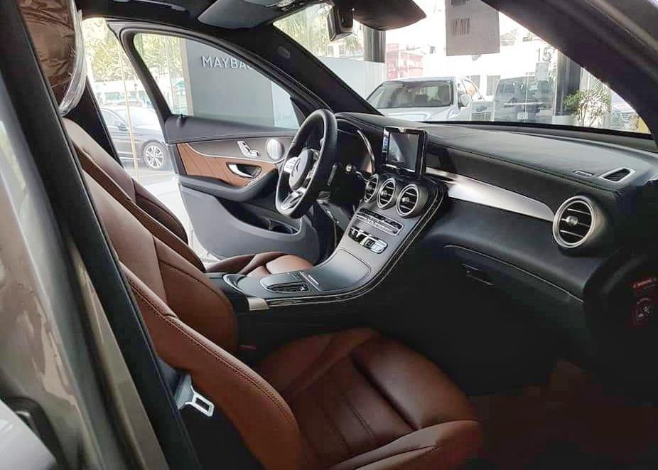 thông tin về trang bị trên Mercedes-Benz GLC 300 - 3