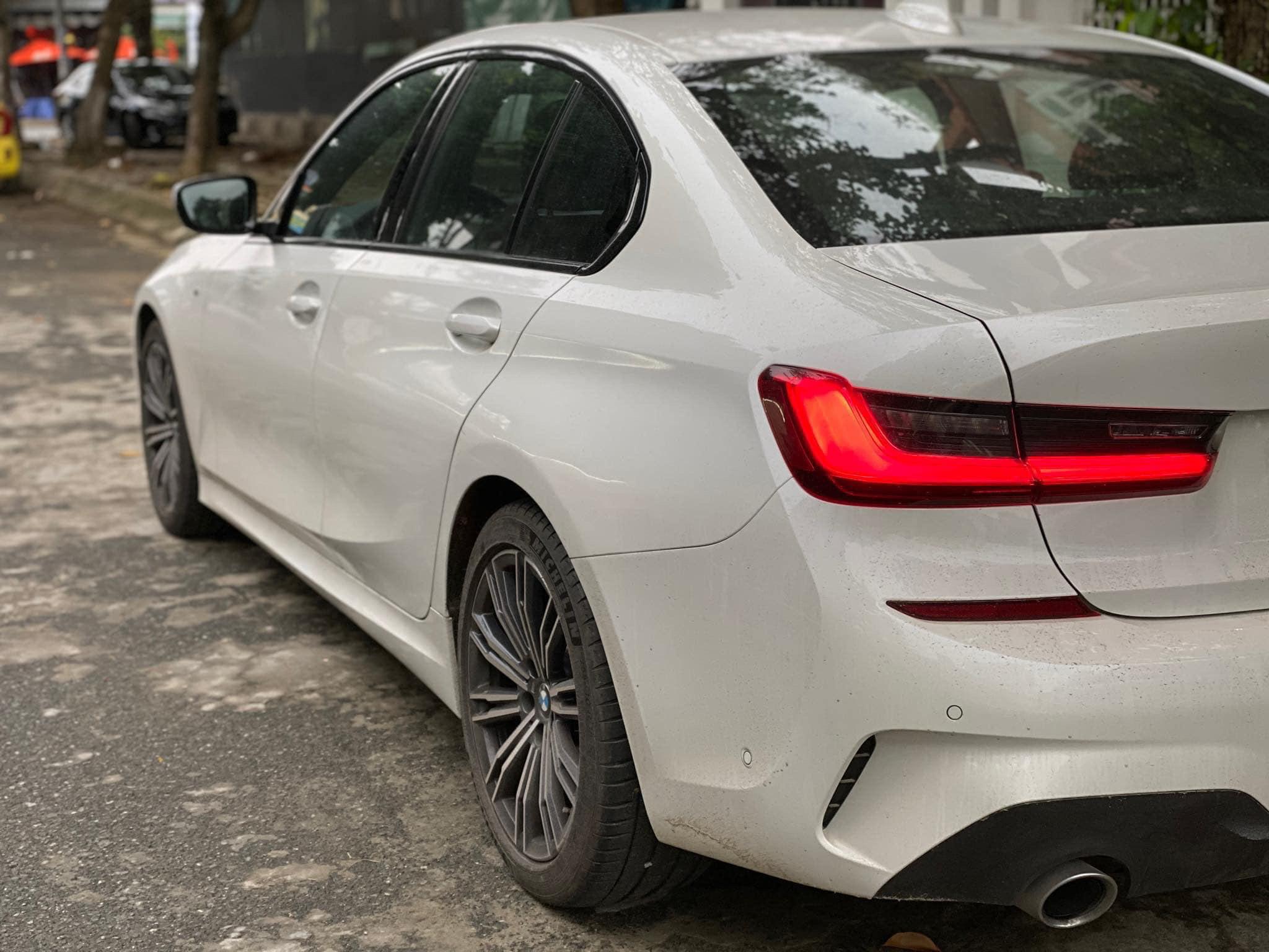BMW 330i M-Sport 2019 - 4