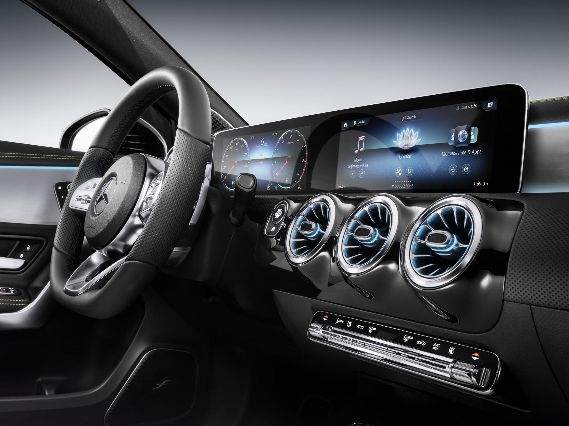 Mercedes-Benz giới thiệu 10 tính năng công nghệ hàng đầu trong năm 2019 - 1