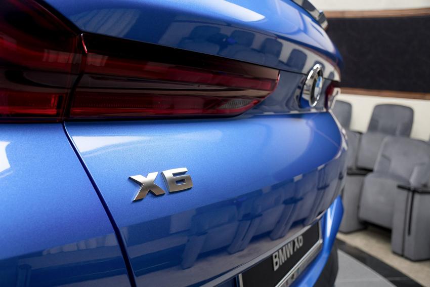 BMW X6 M50i phiên bản Riverside Blue - 04