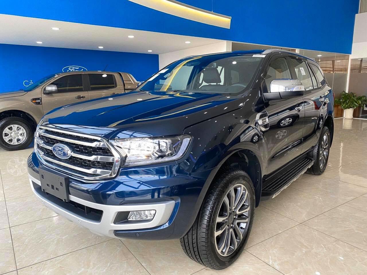 Ford Everest 2020 được nâng cấp, giá gần 1,2 tỷ đồng tại Việt Nam - 1