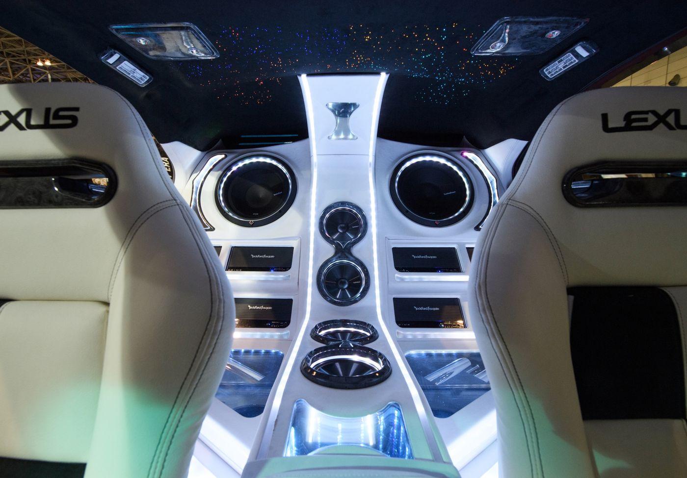 Hàng trăm mẫu xe độc đáo ra mắt tại triển lãm Tokyo Auto Salon 2020 - 12