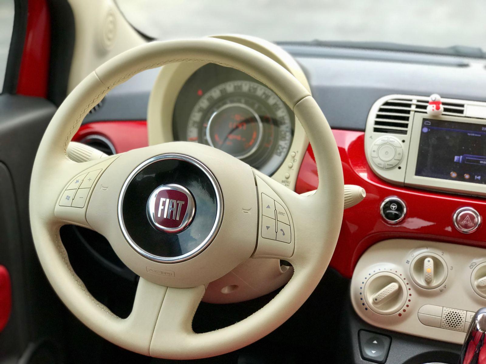 Cận ảnh Fiat 500 qua 10 năm sử dụng, giá 400 triệu đồng tại Việt Nam - 4