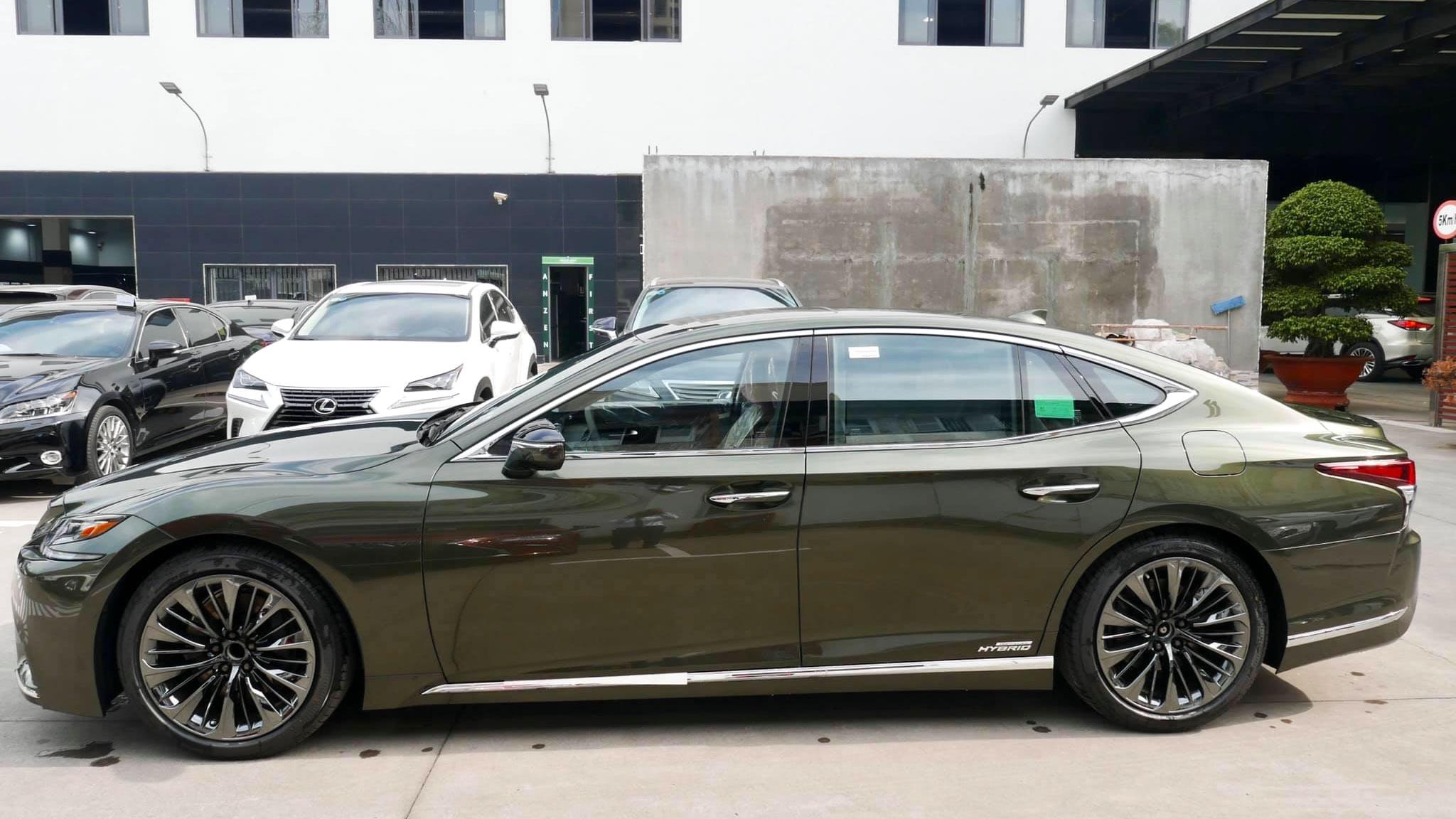Lexus LS500h, giá 7,83 tỉ đồng tại Việt Nam - 3