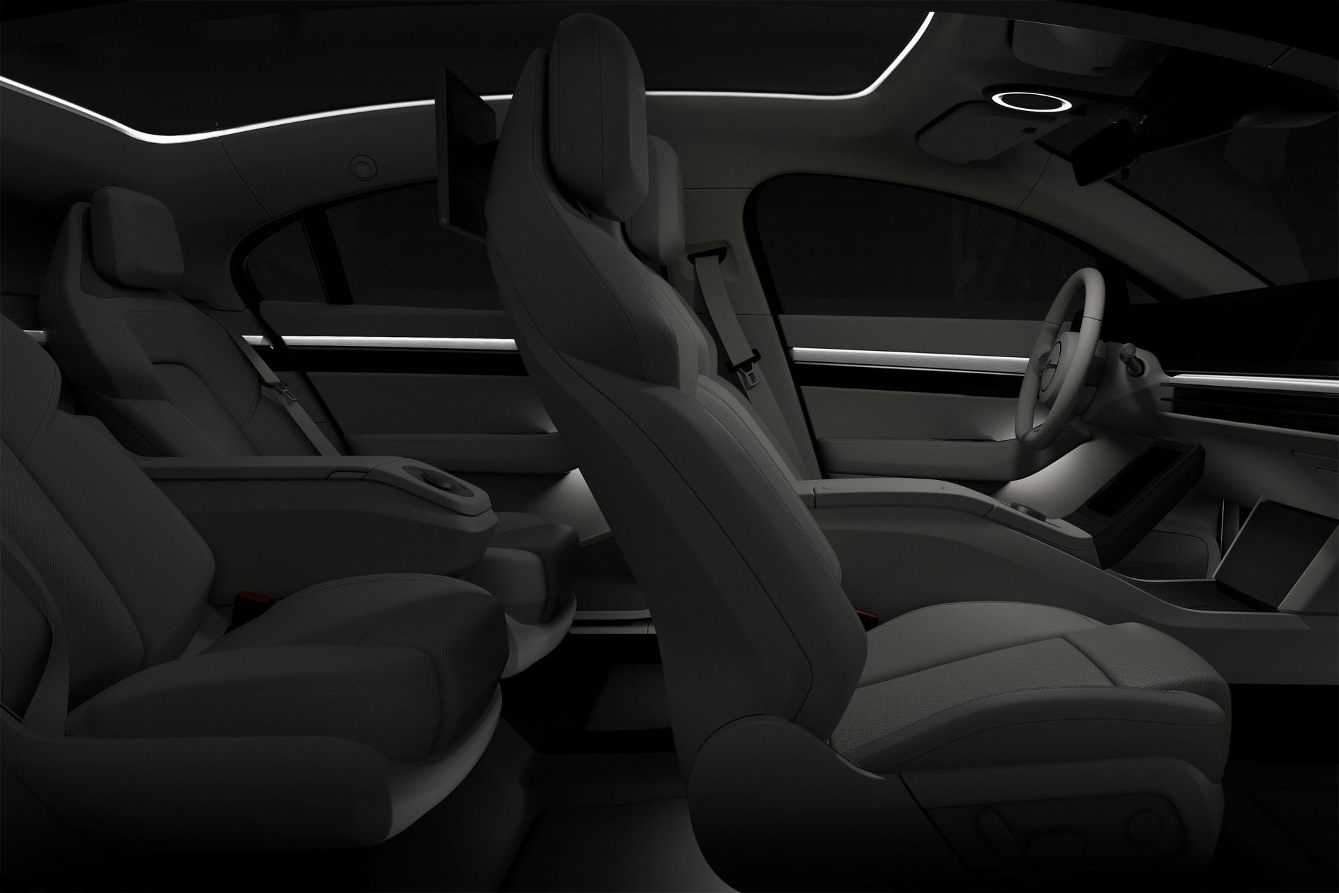 Sony bất ngờ ra mắt mẫu xe điện Vision-S tại CES 2020 - 15