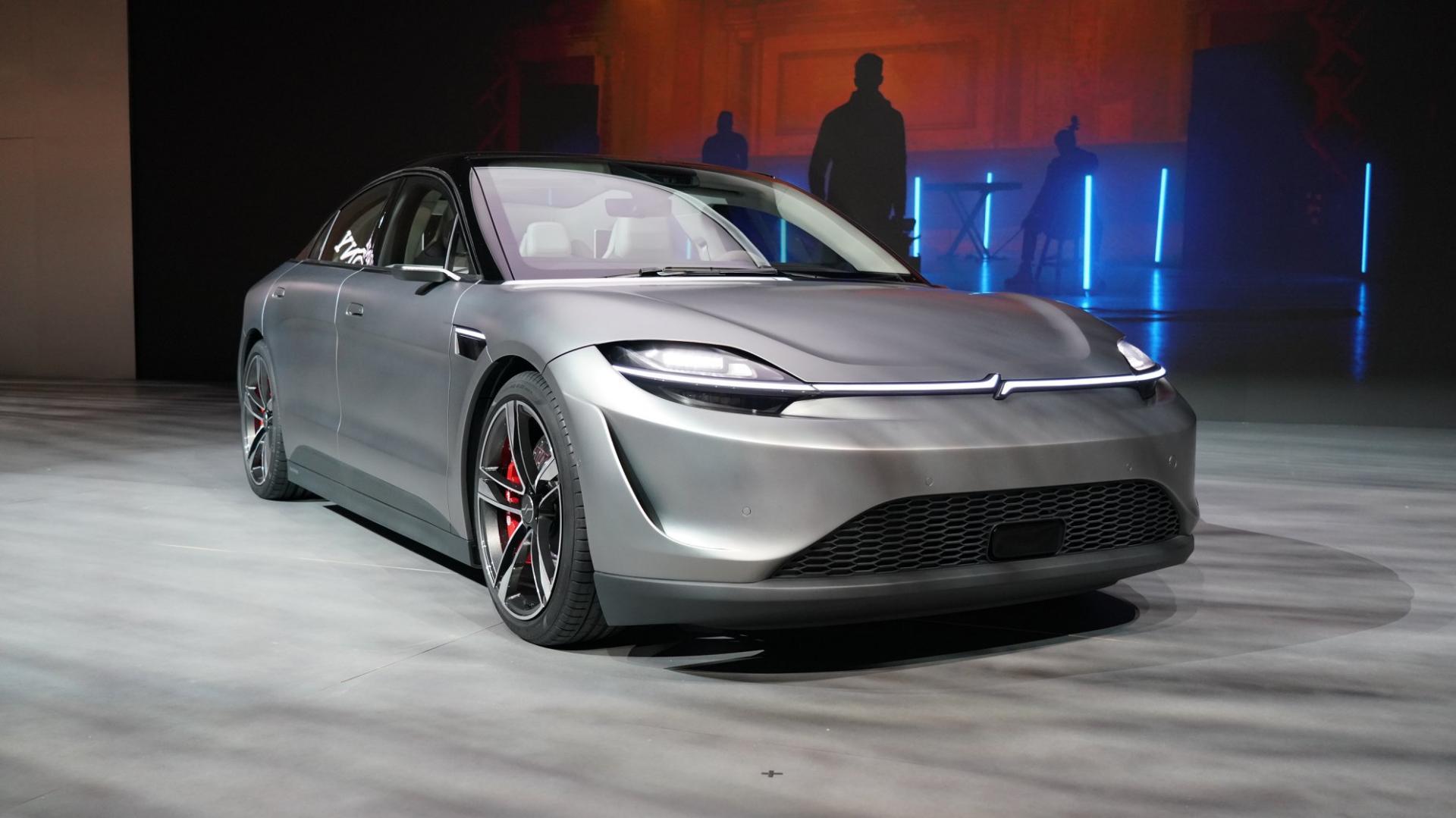 Sony bất ngờ ra mắt mẫu xe điện Vision-S tại CES 2020 - 16