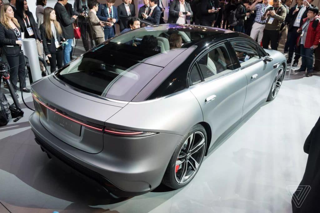 Sony bất ngờ ra mắt mẫu xe điện Vision-S tại CES 2020 - 20