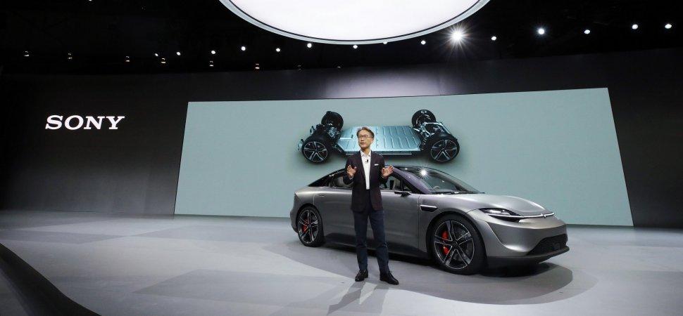 Sony bất ngờ ra mắt mẫu xe điện Vision-S tại CES 2020 - 24