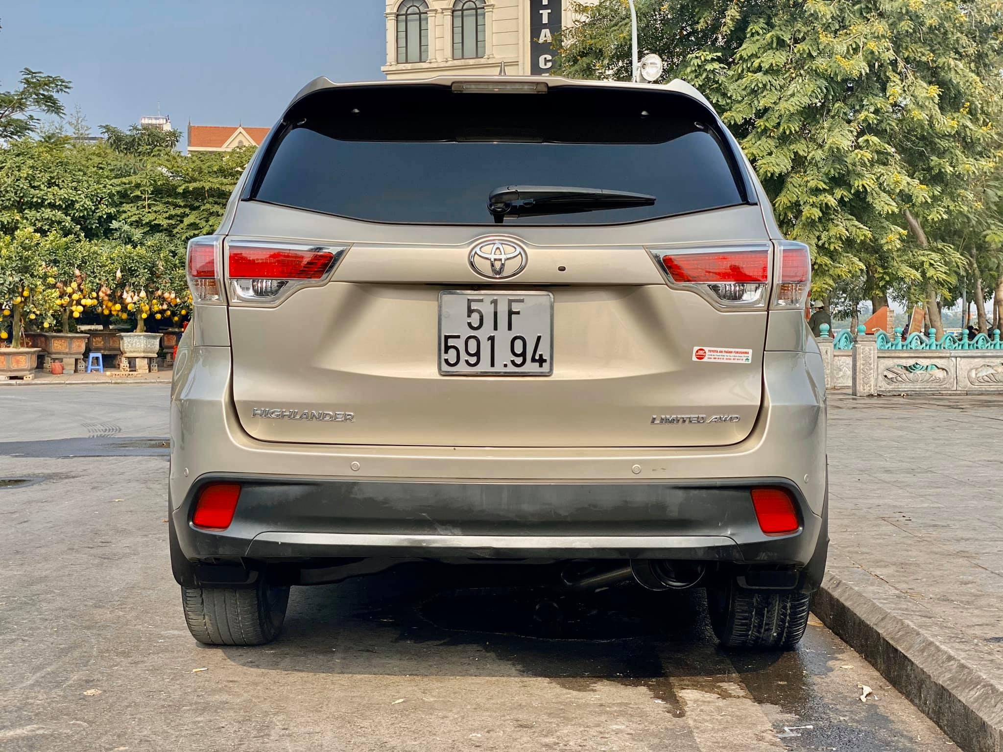 Toyota Highlander Limited 2015, 6 chỗ ngồi hàng hiếm tại Việt Nam - 2