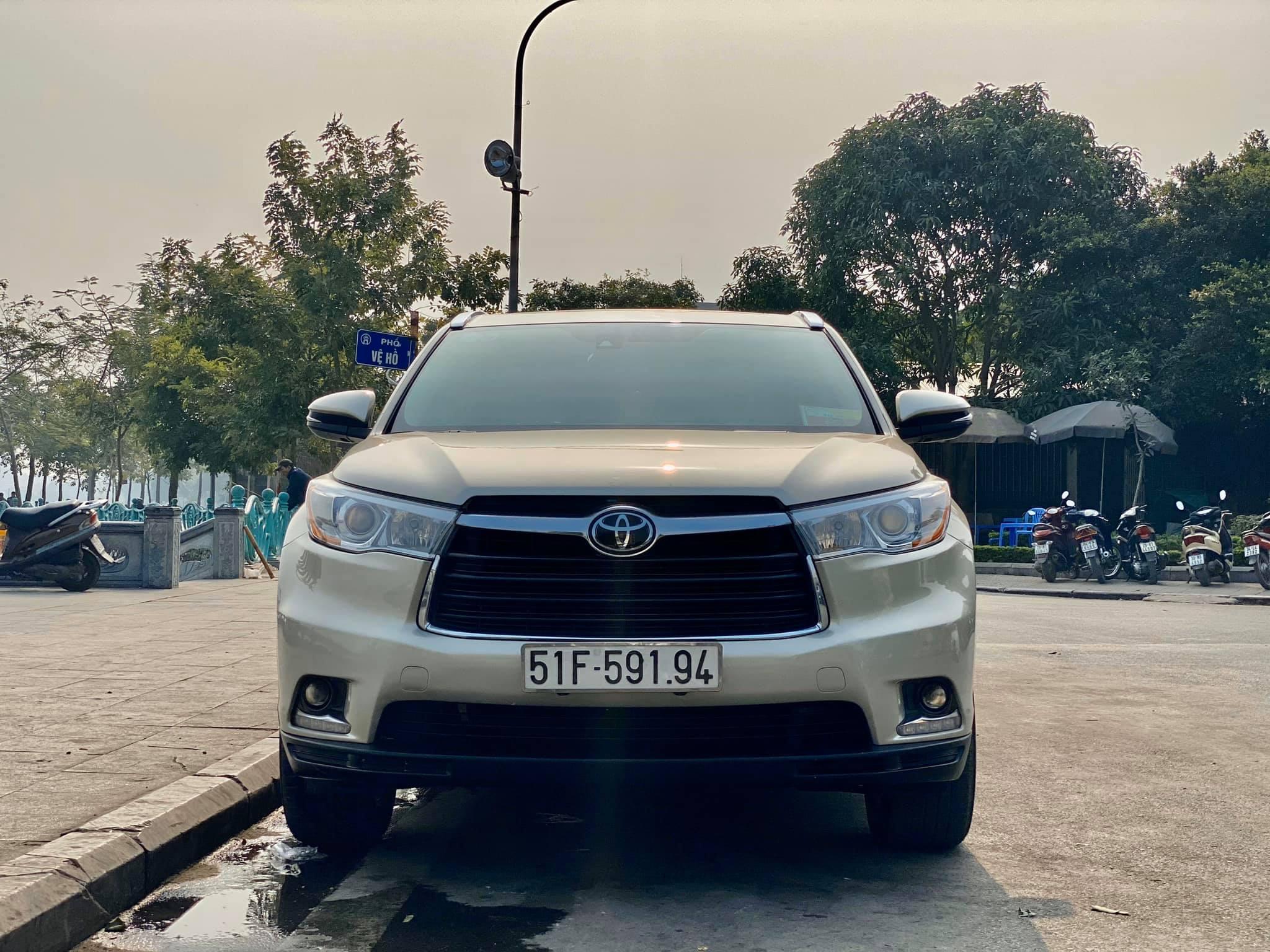 Toyota Highlander Limited 2015, 6 chỗ ngồi hàng hiếm tại Việt Nam - 7