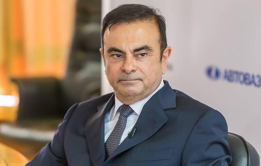 Chủ tịch Nissan bỏ trốn