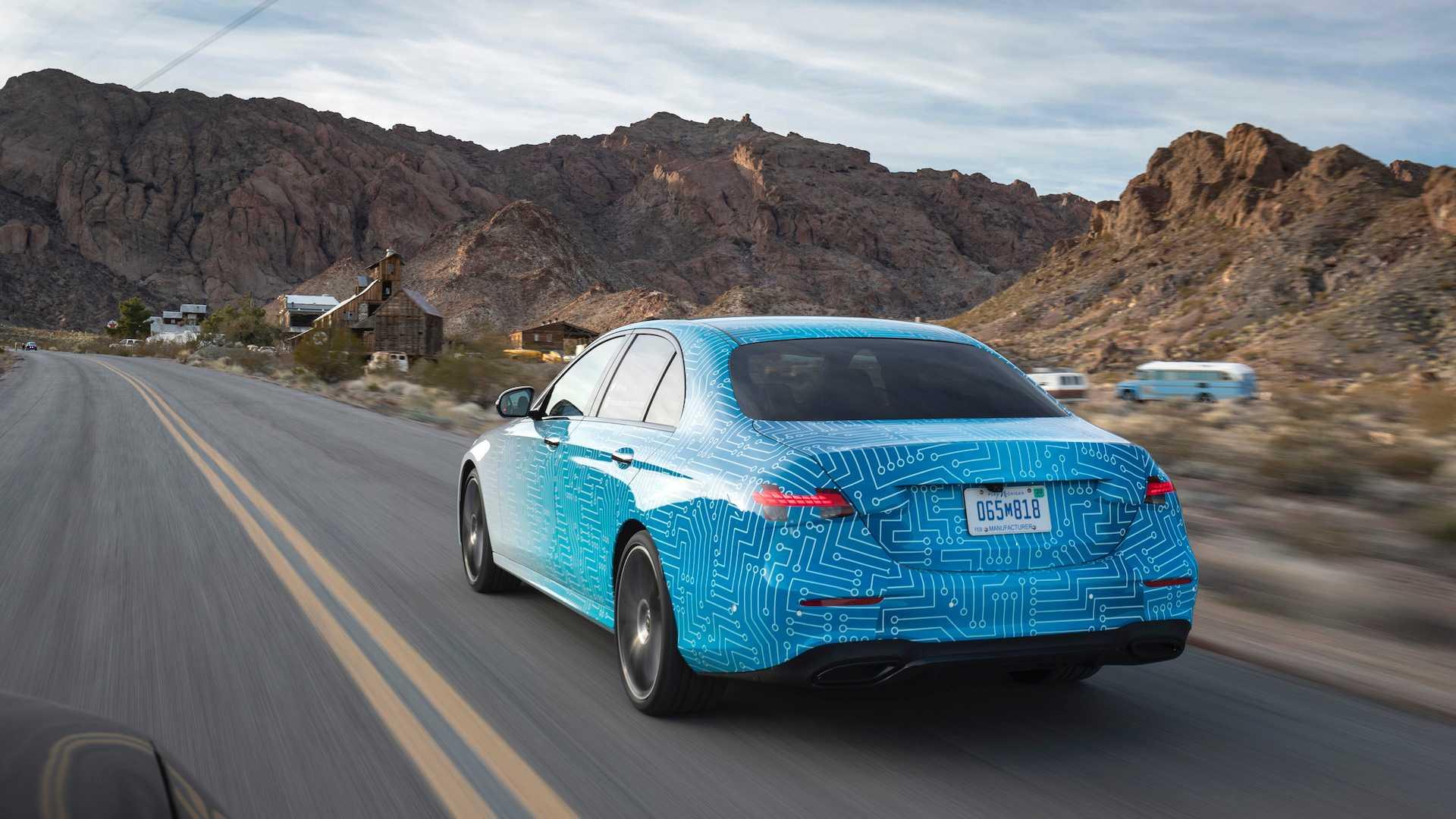 Hé lộ hình ảnh Mercedes-Benz E-Class facelift, thiết kế và động cơ mới - 05