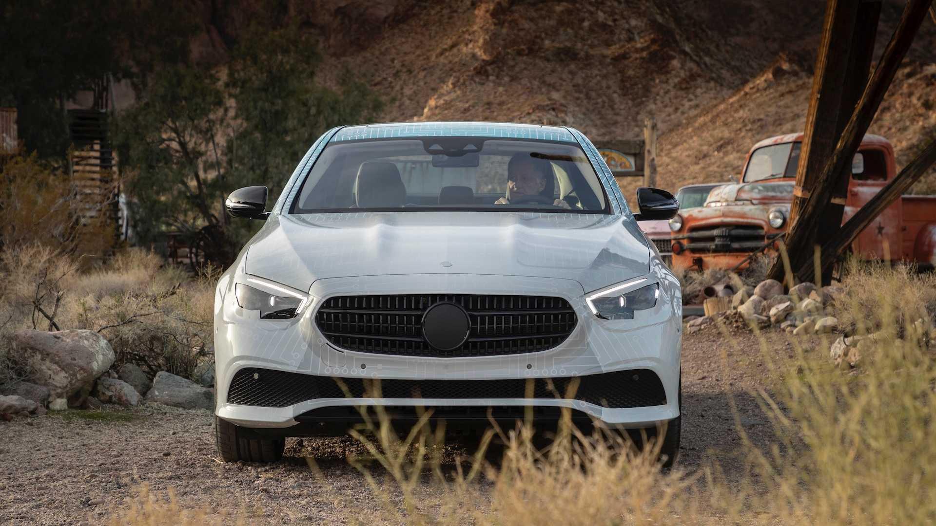 Hé lộ hình ảnh Mercedes-Benz E-Class facelift, thiết kế và động cơ mới - 09