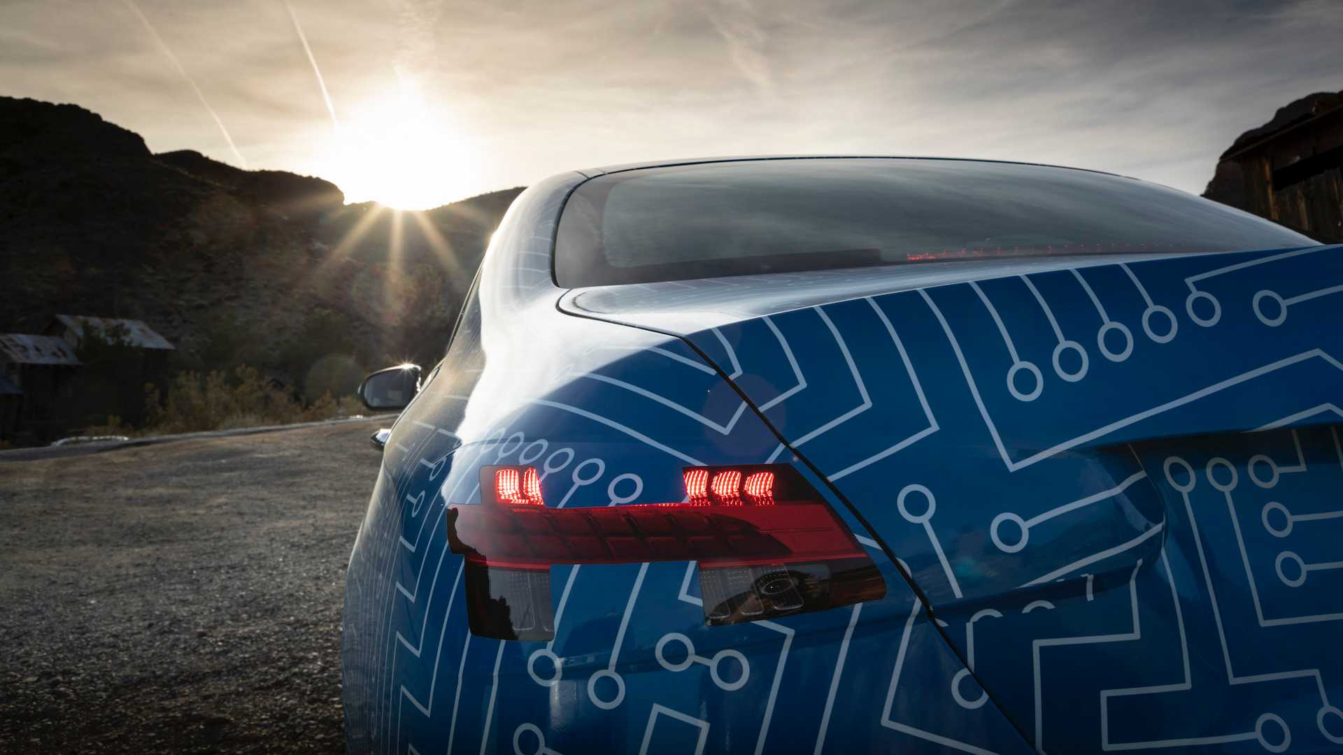 Hé lộ hình ảnh Mercedes-Benz E-Class facelift, thiết kế và động cơ mới - 10