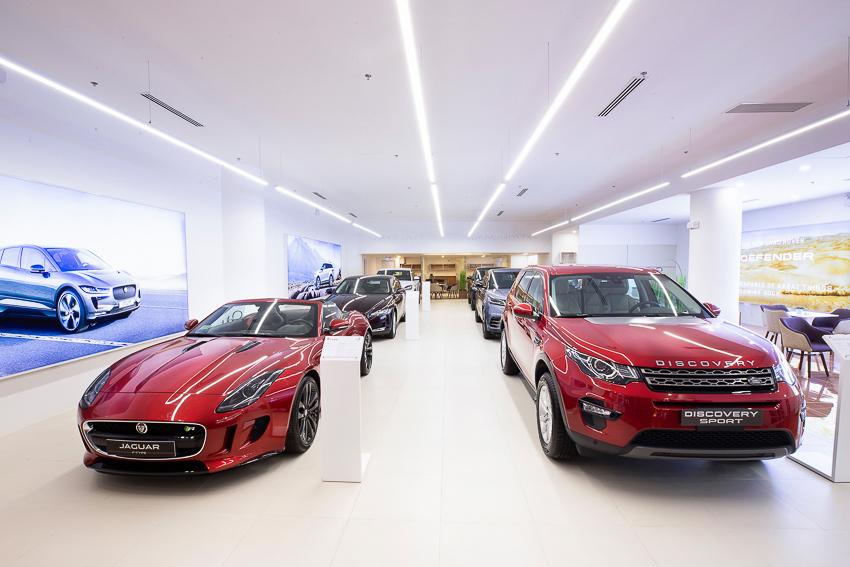 Không gian trưng bày Jaguar Land Rover đầu tiên tại thành phố Hồ Chí Minh - 1