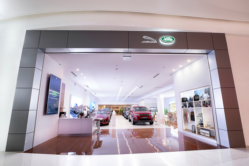 Không gian trưng bày Jaguar Land Rover đầu tiên tại thành phố Hồ Chí Minh - 3