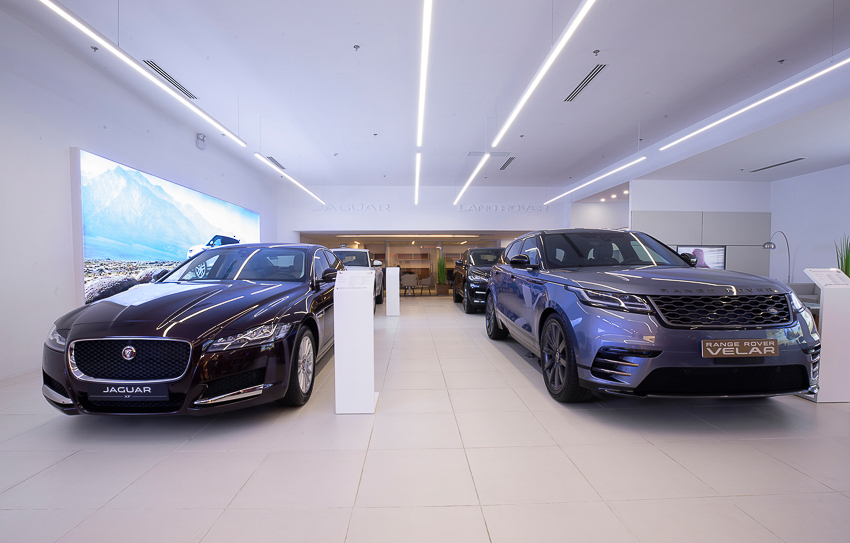 Không gian trưng bày Jaguar Land Rover đầu tiên tại thành phố Hồ Chí Minh - 8