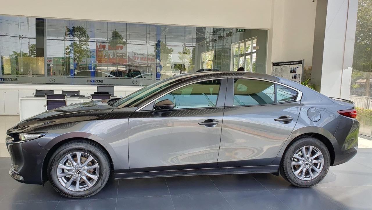 Cận cảnh Mazda3 2020 phiên bản Premium giá 839 triệu đồng tại Việt Nam - 2