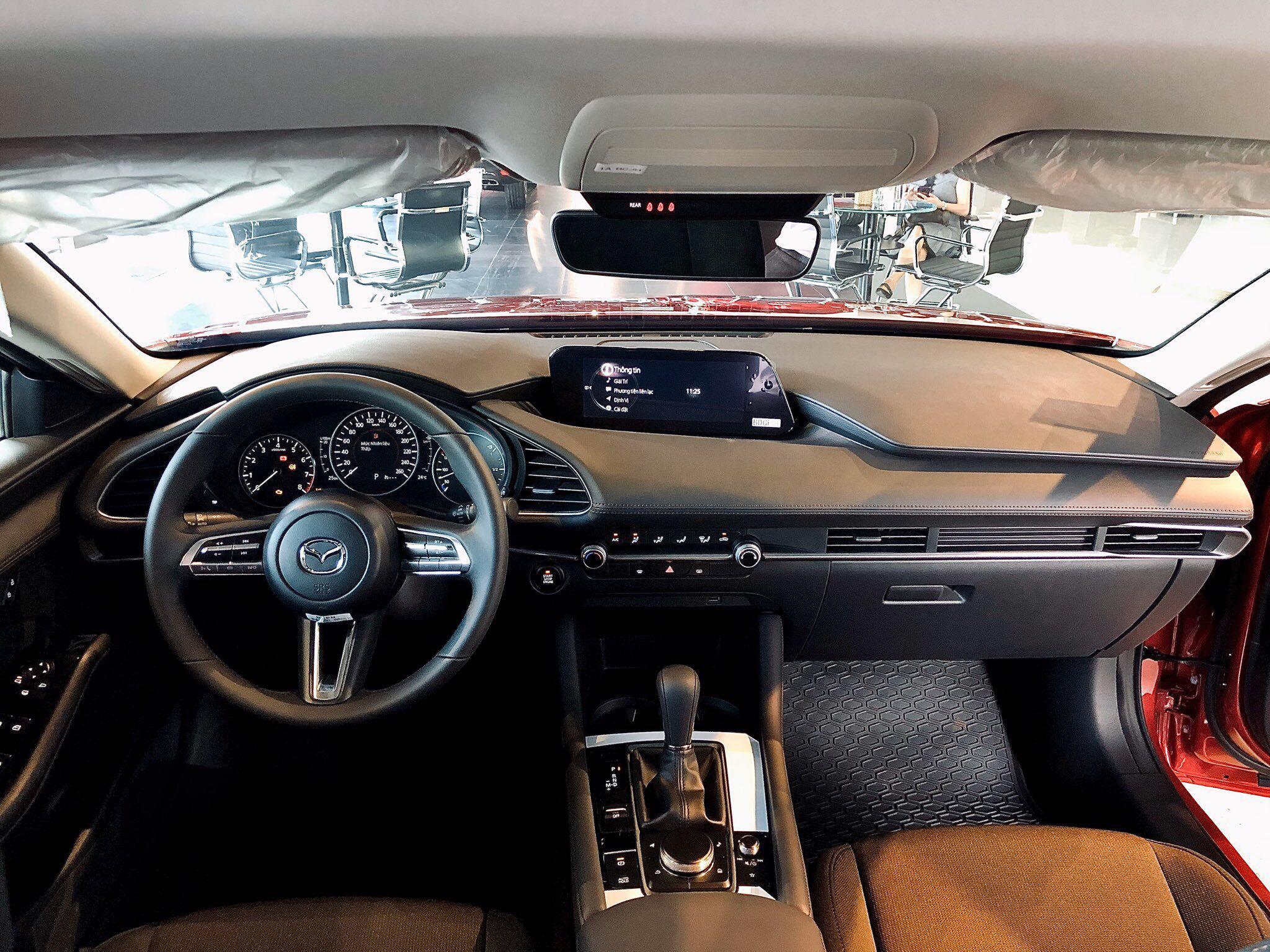 Cận cảnh Mazda3 2020 phiên bản Premium giá 839 triệu đồng tại Việt Nam - 7