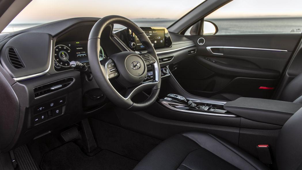 Hyundai Sonata 2020 có phiên bản Hybrid, pin sạc bằng năng lượng mặt trời - 10