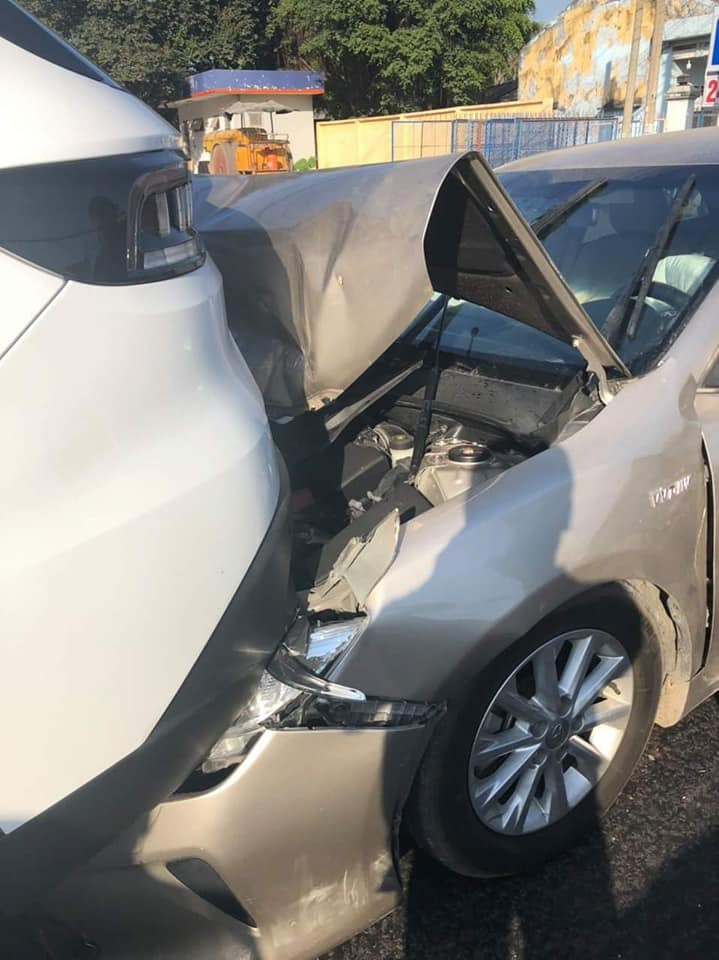 """Toyota Camry đâm """"mông"""" Vinfast Lux SA 2.0 và cái kết - 4"""