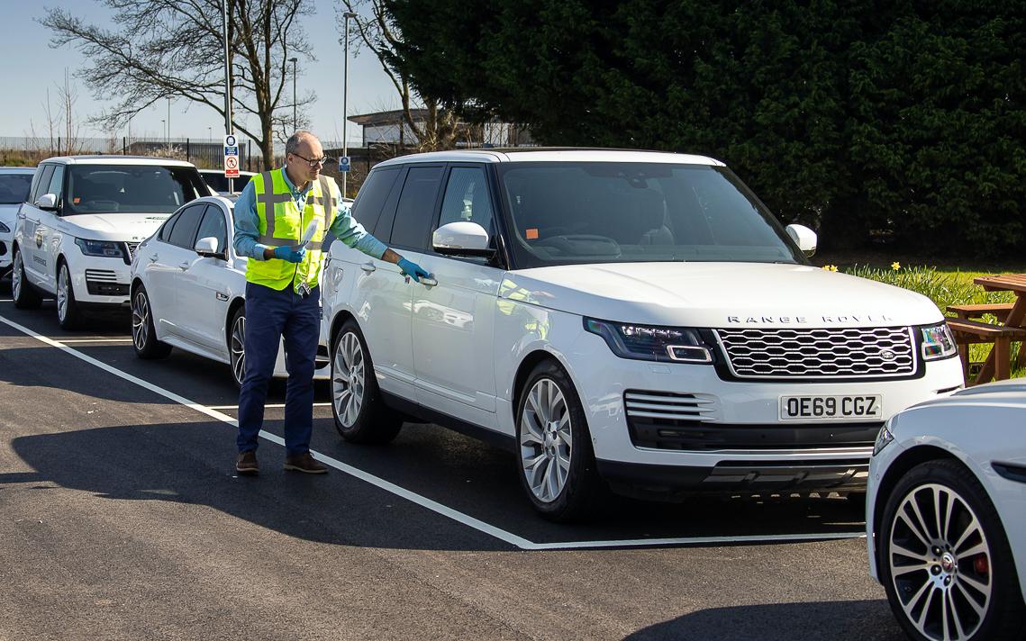 Jaguar Land Rover triển khai sản xuất lô xe toàn cầu nhằm hỗ trợ ứng cứu khẩn cấp - 1